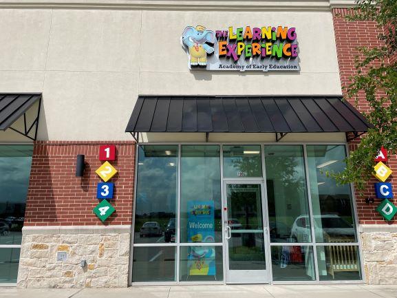 front entrance4.jpg